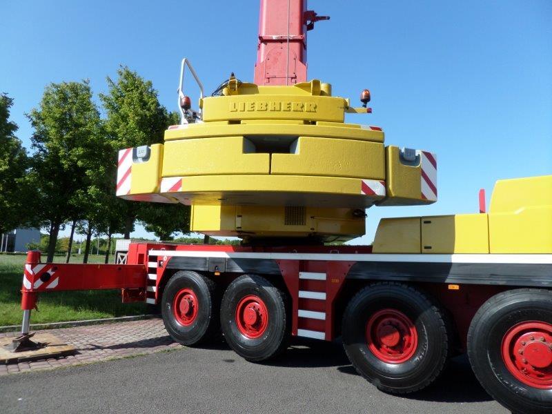 Liebherr LTM 1090- 4 (30)