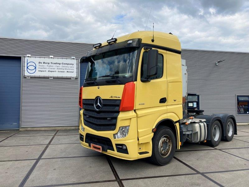 Mercedes-Benz Actros 3351 6x4 (1)