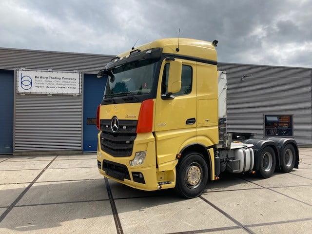 Mercedes Benz Actros 3351 6x4 (1)