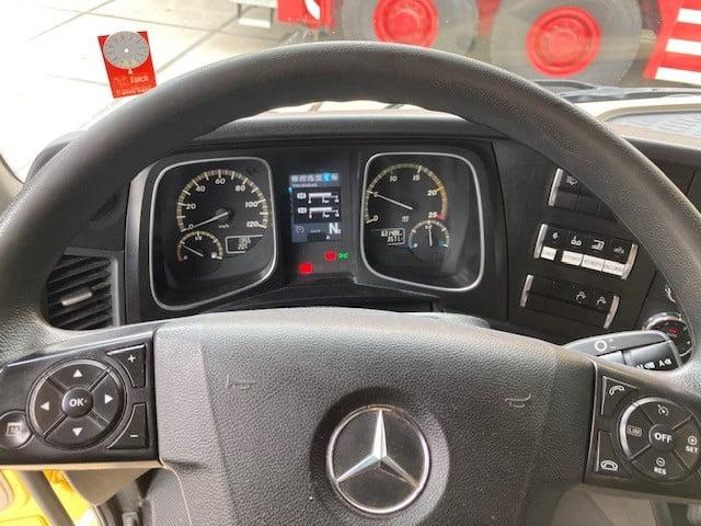 Mercedes Benz Actros 3351 6x4 (35)