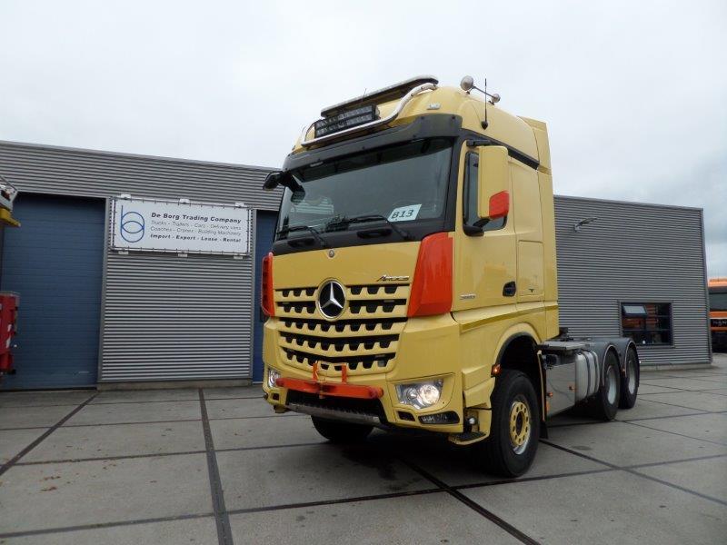 Mercedes Benz Arocs 3663 6x4 Heavy Haulage Tractor (1)