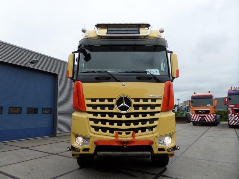 Mercedes Benz Arocs 3663 6x4 Heavy Haulage Tractor (2)